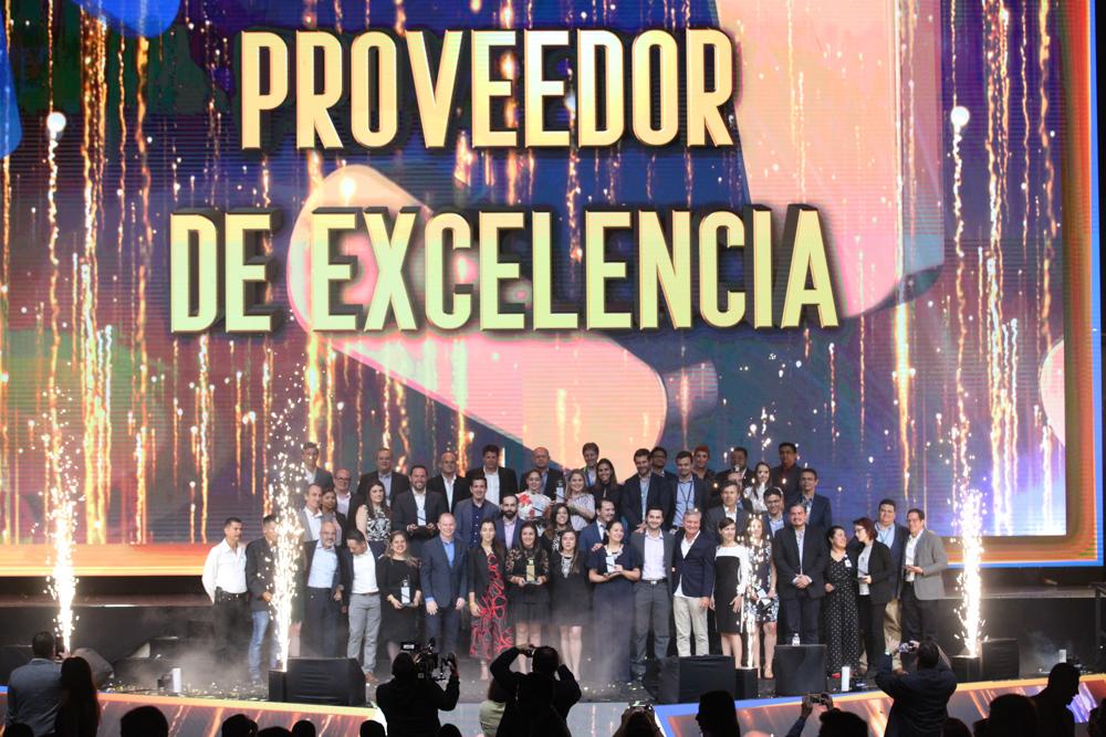 Walmart de Centroamérica reconoce labor empresarial   Kraft-Heinz Company recibe premio como Proveedor del Año